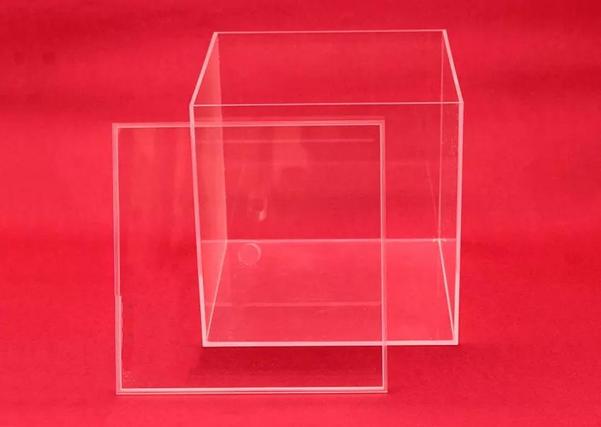 Caja cuadrada de metacrilato